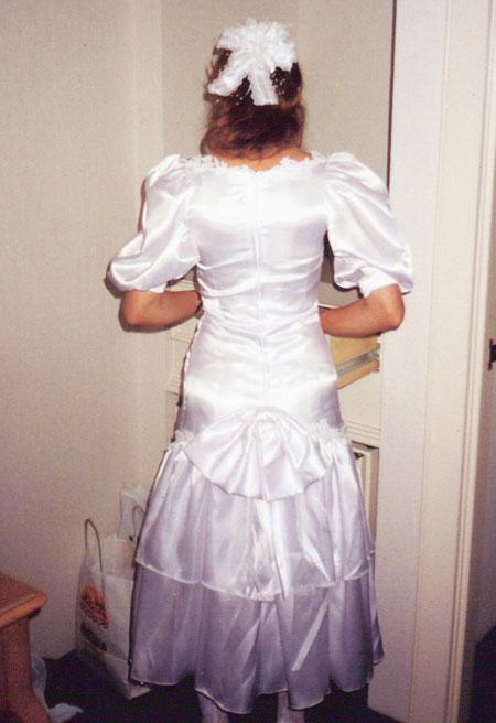 dress-back
